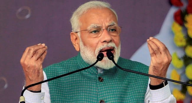 End The Darkness Created by COVID-19', PM Modi Asks People to Light Diyas, Candle For 9 Minutes at 9 PM on April 5