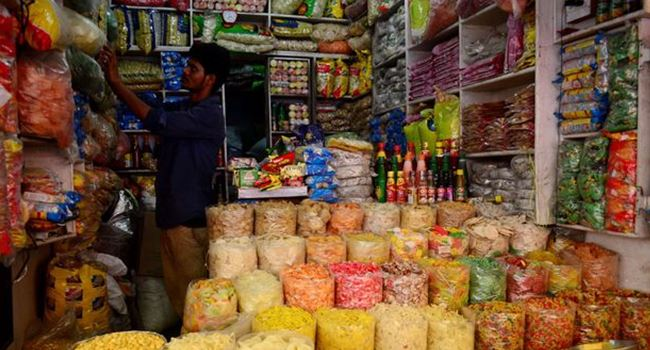 FRAI Urges Govt to Allow Small Shops to Open, Asks 'Why Big Grocery Shops Permitted to Run
